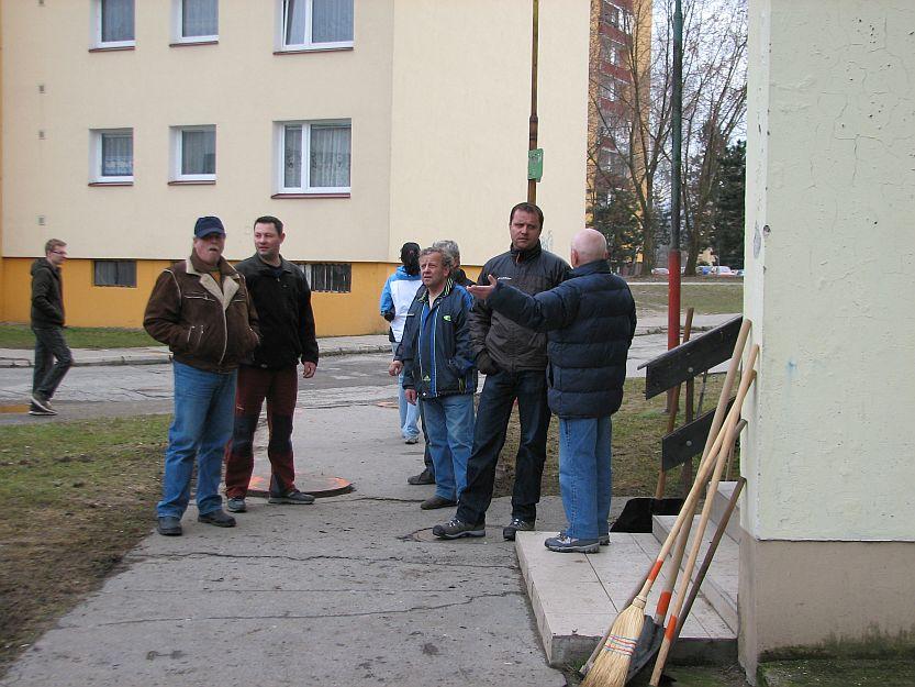 Nielen obyvatelia z Hodžovej ulice by privítali poštu v Košútoch.