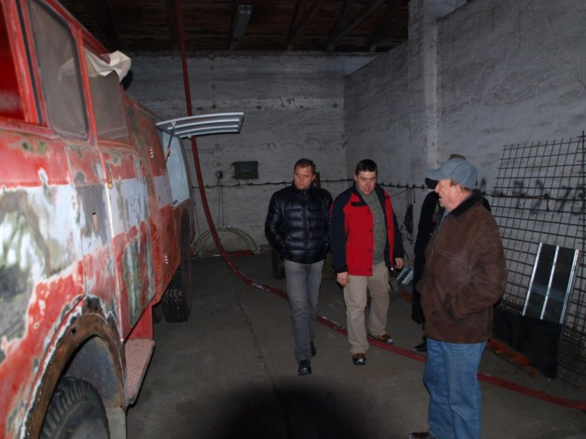 Dobrovoľný hasičský zbor Priekopa si svojpomocne rekonštruuje výjazdovú techniku.