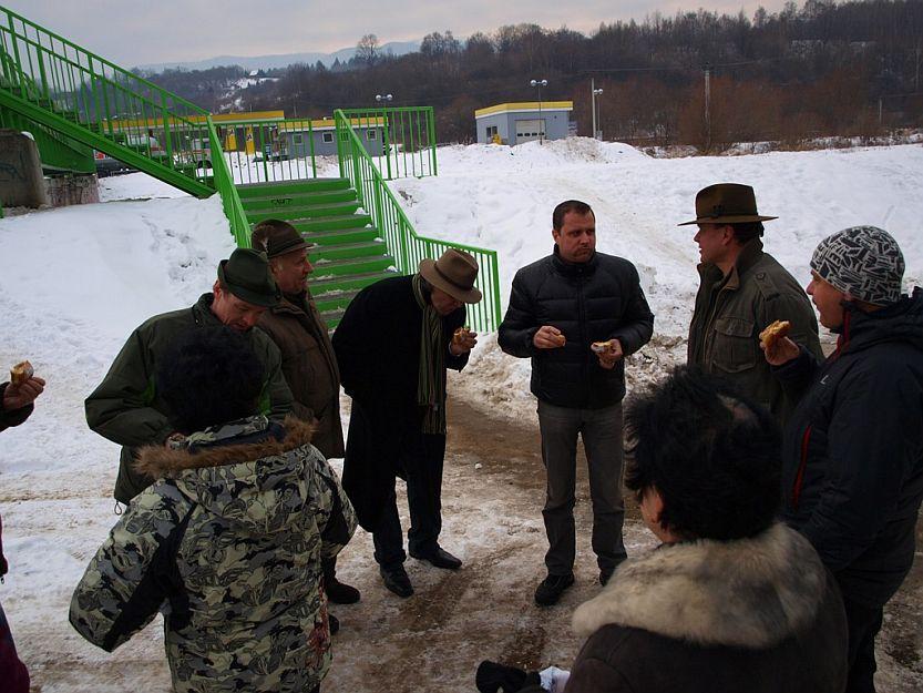 V Priekope nás privítali členovia urbáru.