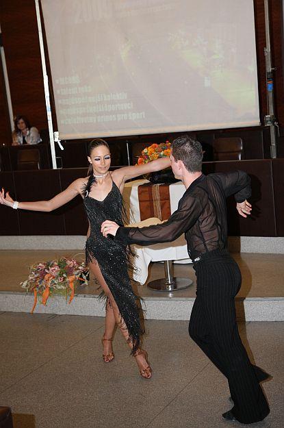 Svojím  vystúpením všetkých prítomných zaujali tanečníci z tanečnej školy PEGA FUN.