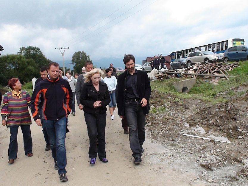 Po obhliadke Martina si pani premierka Radičová prešla okolité obce.